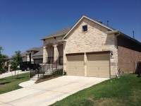Examples of a new home in Sendero Springs